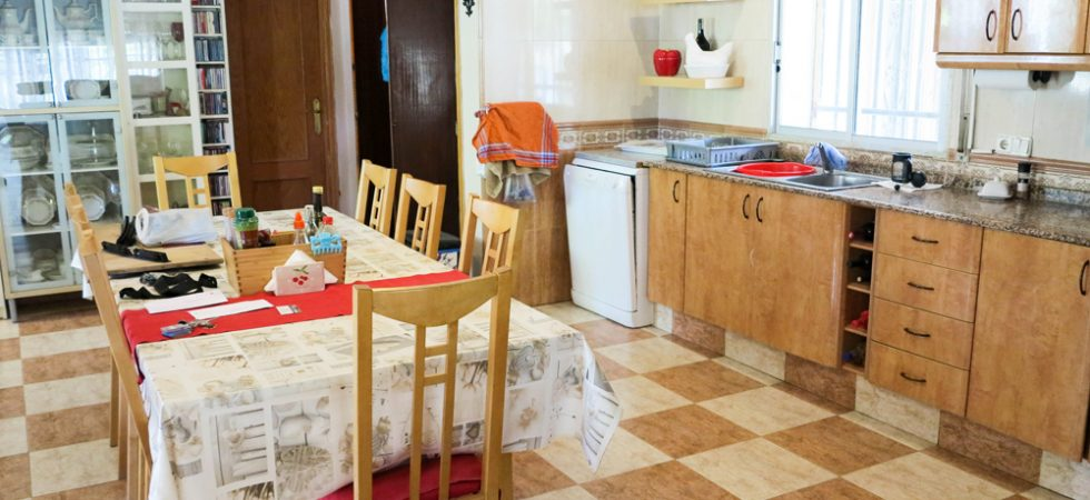 Kitchen/diner - 30m²