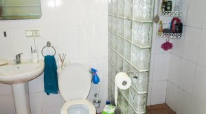 En-suite/dressing room - 9m²