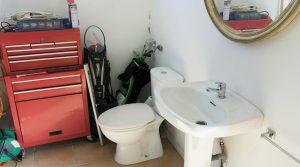Outside Bathroom - 7m²